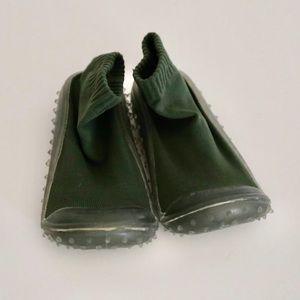Skidders Hunter Green Non-Slip Socks 12/1
